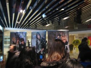 FT Island Hong Kong Concert - fans taking photos